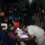 para napi di rutan klas I Solo tengah melakukan tes urin .Foto: koranjuri.com