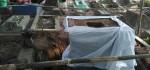 Tempat Di Temukanya Situs,Warga Bergotong Royong Mengangkat Batu Yoni