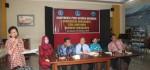 810 Mahasiswa UNSA, STIA ASMI, AKPARTA Surakarta Di Wisuda